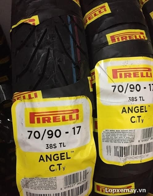 Lốp pirelli 7090-17 angel city cho future sirius - 1