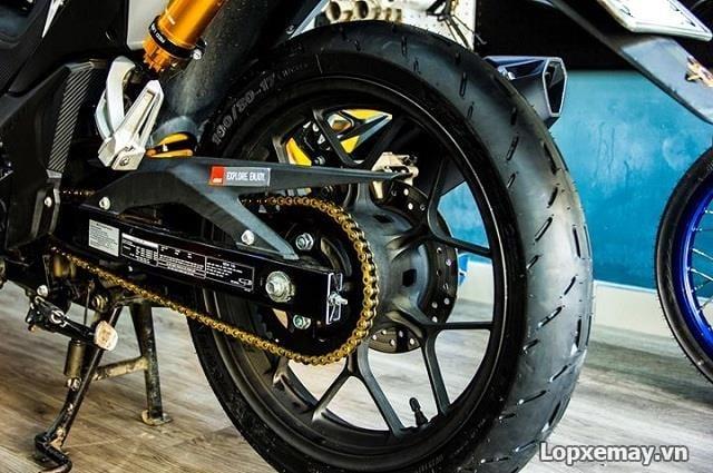 Lốp michelin pilot moto gp 9080-17 cho winner exciter 135 gsx-r150 - 1