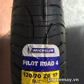 Lốp michelin pilot road 4 12070zr17 cho môtô phân khối lớn - 1