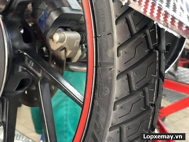 Honda dream độ cặp lốp michelin có phù hợp không  - 3