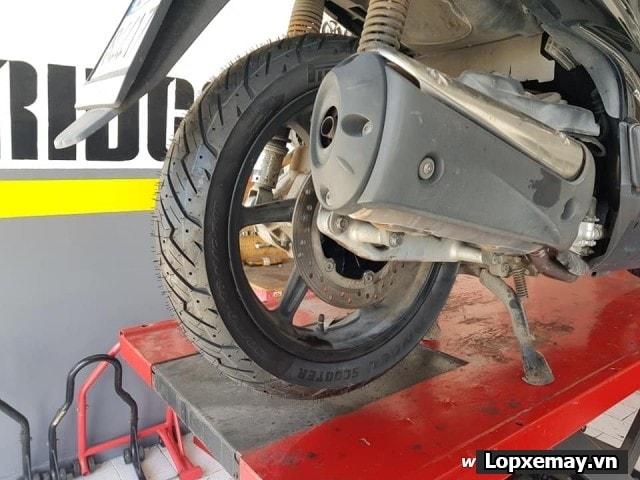 Lốp xe máy pirelli 13070-16 angel scooter cho bánh sau xe sh 300i - 1