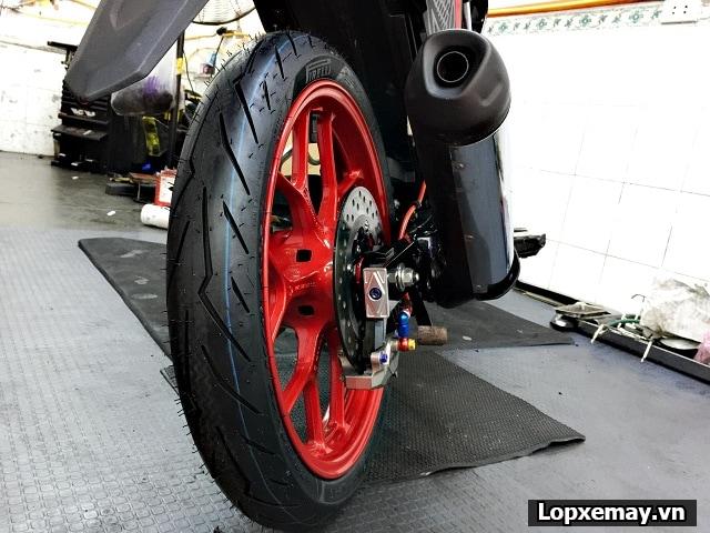 Thay lốp xe máy pirelli cho sonic 150 loại nào tốt giá bao nhiêu tiền - 3