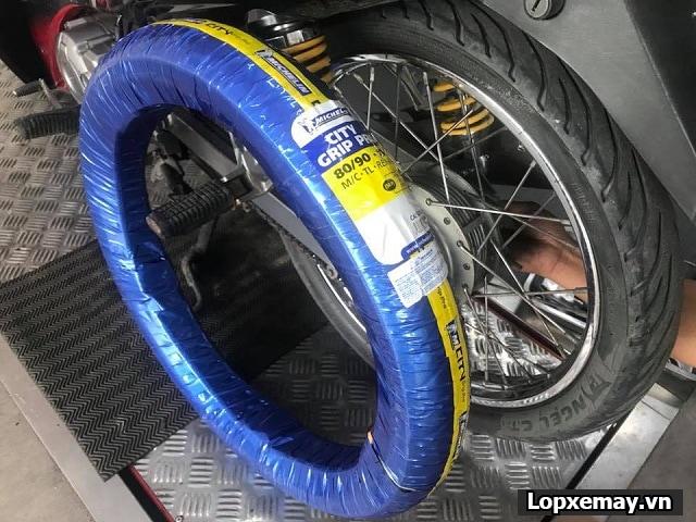 Tổng hợp lốp xe máy tốt nhất cho yamaha sirius fi - 2