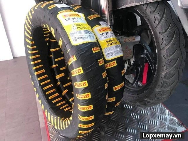 Tổng hợp lốp xe máy tốt cho honda airblade 2020 - 5