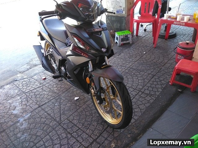 Thay lốp pirelli rosso sport cho honda winner có tốt không  - 3