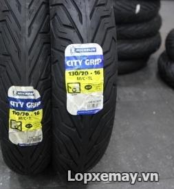 Cặp lốp xe Michelin City Grip 110/70-16 và 130/70-16 cho SH300i