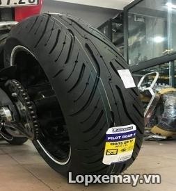 Lốp Michelin Pilot Road 4 190/55ZR17 cho Môtô phân khối lớn