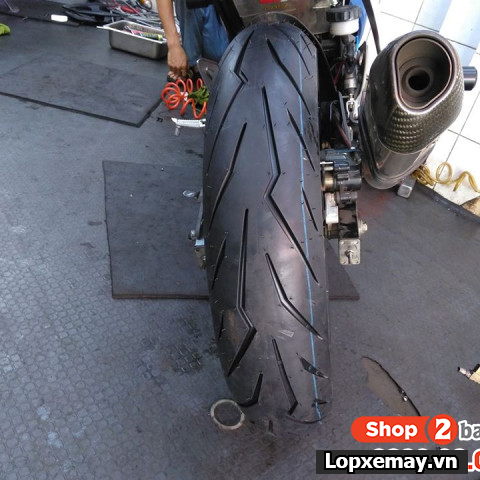 Lốp Pirelli 140/70-17 Diablo Rosso Sport cho Winner, Exciter, CBR150, R15,...